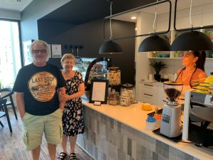 Grove Cafe_Samford_Glenn and Jan